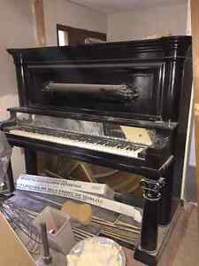 PIANO - NEED GONE ASAP!!!! Windsor Region Ontario image 1