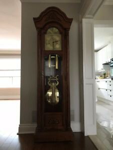 ***BEAUTIFUL*** Hentschel Grandfather Clock - Solid Oak