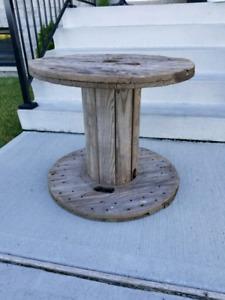 Touret roulette bobine de bois