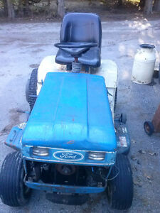 Ford LGT 17H for parts or take the whole thing for $250 Kingston Kingston Area image 5