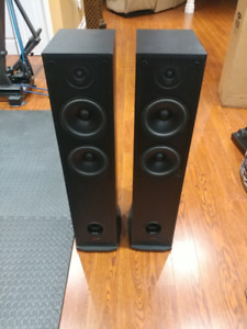 Tower Speakers - Polk Audio R50