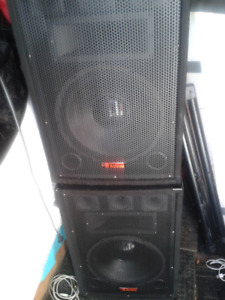 yorkville powered mixer mm5d speakers stands cables