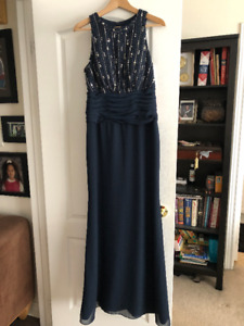 Beautiful Brand New Navy Mother of the Bride or Groom Dress
