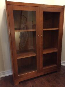 Solid wood cabinet shelf