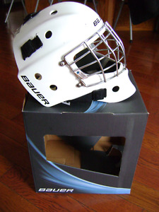 Goalie Helmet - excellent condition, youth size