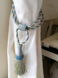 Curtain tie back ropes with tassels blue and yellow twist