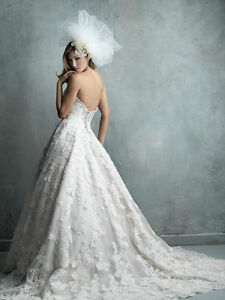 Allure wedding dress C328 short sleeve ball gown lace size 4