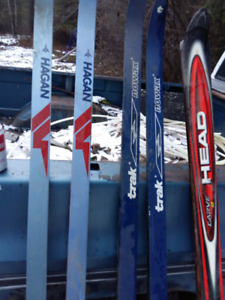 5 pairs of skis CROSS COUNTRY S SOLD