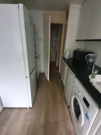 2 double bedroom (£500 no deposit)