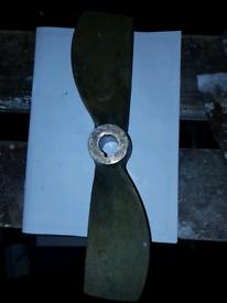 Propeller 2 blade 14x13 RH 25mm shaft vgc
