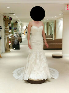 Wedding Dress - Ivory - lace - $500