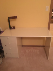 White office desk w/ drawers