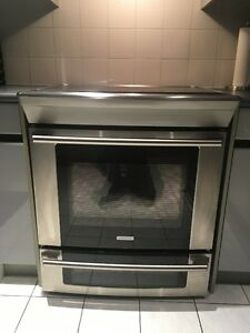 """ELECTROLUX """"TOP OF THE LINE"""" RANGE/STOVE-GIVEAWAY PRICE!! AS NEW"""
