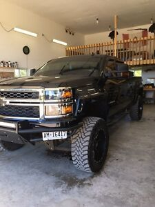 Custom lifted 2014 Chevy  Stratford Kitchener Area image 5