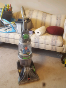 Carpet cleaner. Max Extract Dual with handheld attachment.