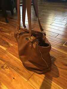 Foreli Brown genuine leather hand bag Cambridge Kitchener Area image 1