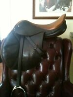 "17"" schleese jumping saddle"