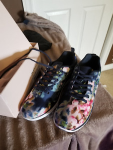 Brand New Just Fab Sneakers for Sale