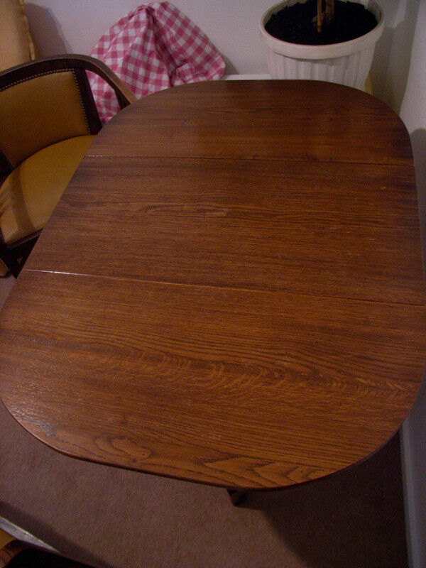 Buy Now! Quality 1920s antique oak gateleg table, reduced price