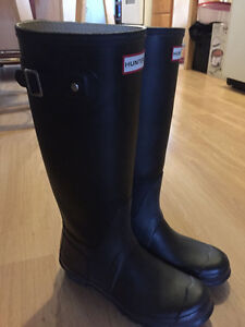 Black Hunter Boots
