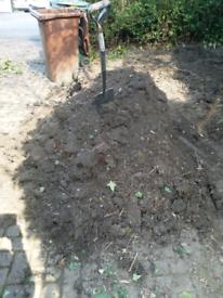 Top soil approx 1 ton. Free topsoil