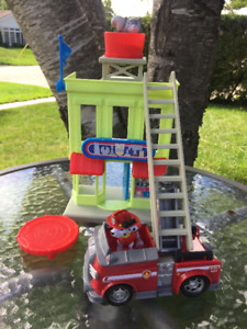 PAW Patrol Marshall's Fire Fightin' Truck and Rescue Tower