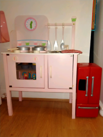 Wooden Kitchen+ fridge