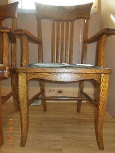 Antique buy or sell dining table sets in winnipeg for Dining room tables kijiji winnipeg