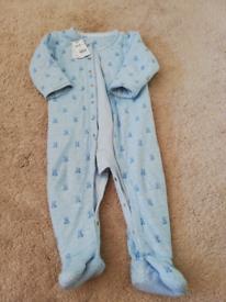 Sleeping bag /sleepsuits 18-24m