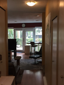 DOWNTOWN 2 BED for OCT15