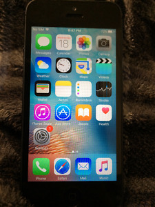 Iphone 5S 16GB in Good Condition Unlocked + Freedom/Wind