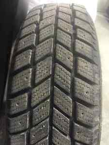 14in Hankook I-Pike RC01 Winter Tires For Sale 185/65R14 86T Peterborough Peterborough Area image 3