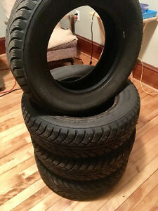 4 x 185/70R14 88T WESTLAKE FrostExtreme Studded Winter Tires