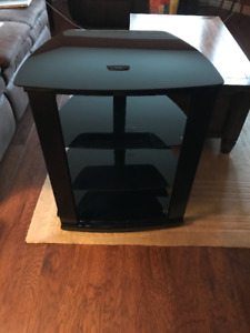 Black TV / Entertainment Stand