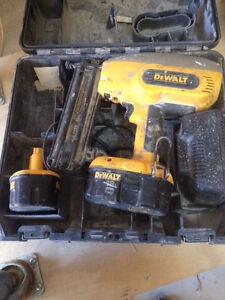 18 volt 18 g dewalt nailer