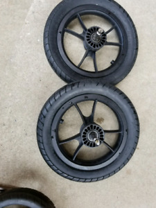 Baby jogger city select tires