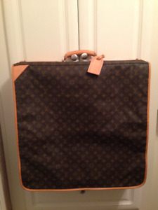 Gift for Dad      Louis Vuitton Men's Garment Bag