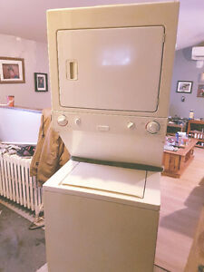 Washer Dryer combo (apartment Size)