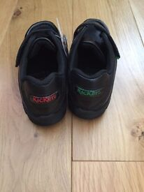 Boys Brand New Kickers shoes Black size 8