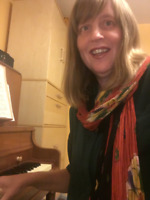 Enthusiastic piano teacher for adult beginners!