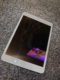 Apple iPad Mini (1st Gen)