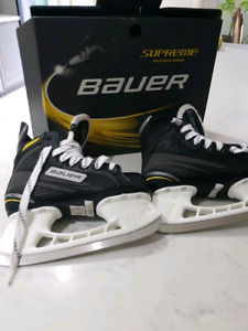 Bauer Supreme Pro  new Skates, Junior size 2