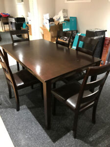 Table merisier + 5 chaises / Cherrywood table + 5 chairs