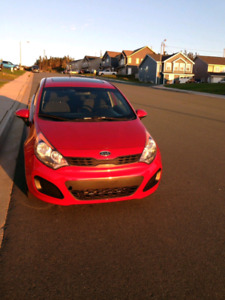 2013 Kia Rio fully loaded! Only 77,000 kms!
