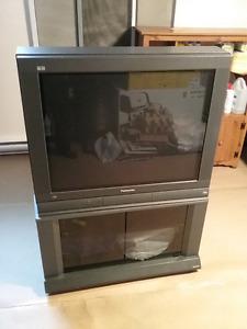 Téléviseur   A DONNER