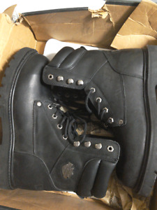 Brand new steel toe work boots man size 8.5