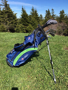 Youth golf clubs (2 sets)