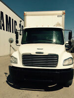 Freightliner 2008, Straight Body 26' must see