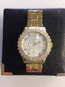 Ladies Guess Watch-Model W0335L2