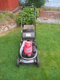 Honda hrh536 pro lawnmower